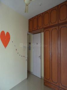 Gallery Cover Image of 745 Sq.ft 2 BHK Apartment for rent in Kandivali East for 27000