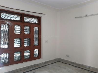 Gallery Cover Image of 450 Sq.ft 1 BHK Independent Floor for rent in Sector 16 Rohini for 8000