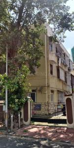 Gallery Cover Image of 700 Sq.ft 2 BHK Apartment for buy in Sion for 21000000