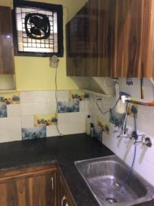 Gallery Cover Image of 680 Sq.ft 1 BHK Apartment for rent in Uttam Nagar for 10000