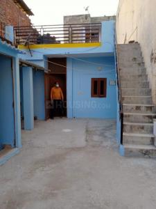 Gallery Cover Image of 850 Sq.ft 2 BHK Independent Floor for rent in Chhattarpur for 14000