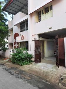 Gallery Cover Image of 800 Sq.ft 2 BHK Independent House for rent in Adyar for 20000