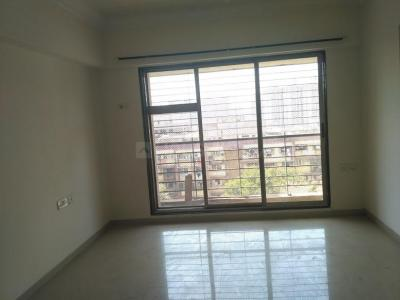 Gallery Cover Image of 1010 Sq.ft 2 BHK Apartment for rent in Kandivali East for 27000