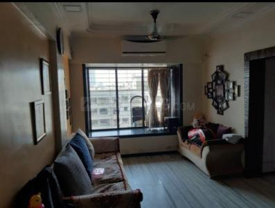 Gallery Cover Image of 650 Sq.ft 1 BHK Apartment for buy in Krishna Residency, Malad West for 12500000