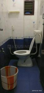 Bathroom Image of Sri Kalaivani Mens PG in Sholinganallur