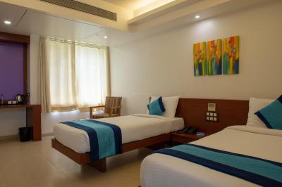 Gallery Cover Image of 920 Sq.ft 2 BHK Apartment for buy in Mont Vert Kingstown Sector 1 Residential Wings, Bhugaon for 4715894