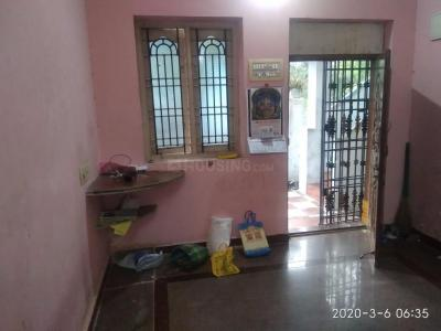 Gallery Cover Image of 800 Sq.ft 1 BHK Independent Floor for rent in Kundrathur for 6500