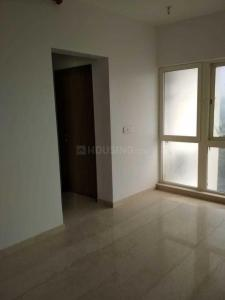 Gallery Cover Image of 1050 Sq.ft 2 BHK Apartment for rent in Goregaon East for 35000