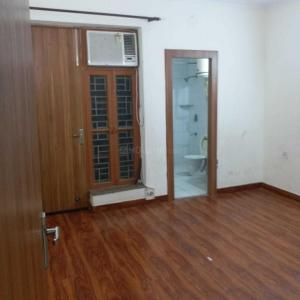Gallery Cover Image of 1600 Sq.ft 3 BHK Independent Floor for rent in Sector 50 for 27000