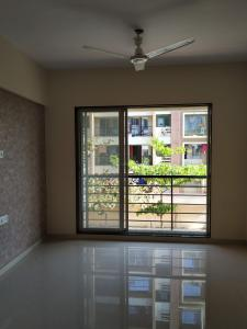 Gallery Cover Image of 1000 Sq.ft 2 BHK Apartment for rent in Veena Velocity, Vasai West for 16000