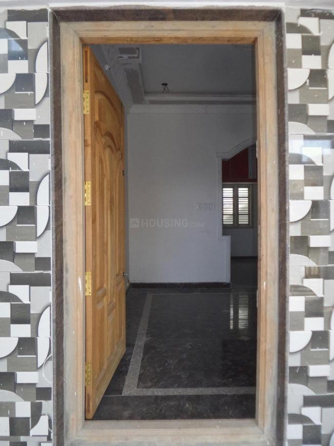 Main Entrance Image of 1000 Sq.ft 2 BHK Independent House for buy in Margondanahalli for 5800000