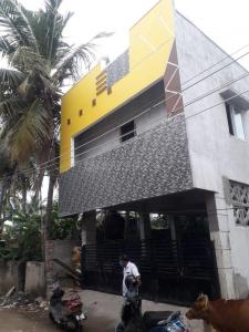 Gallery Cover Image of 930 Sq.ft 2 BHK Apartment for buy in Maha Flats Dass, Perumbakkam for 4185000