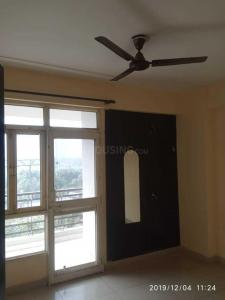 Gallery Cover Image of 1270 Sq.ft 2 BHK Apartment for buy in Crossings Republik for 3200000