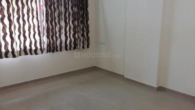 Gallery Cover Image of 650 Sq.ft 1 BHK Apartment for rent in Goregaon West for 25000