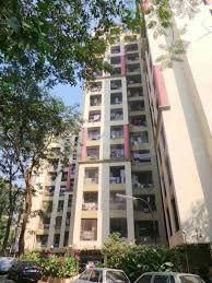 Gallery Cover Image of 950 Sq.ft 2 BHK Apartment for rent in Riddhi Gardens, Malad East for 25000