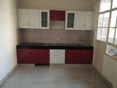 Gallery Cover Image of 750 Sq.ft 2 BHK Apartment for rent in Sector 107 for 8500