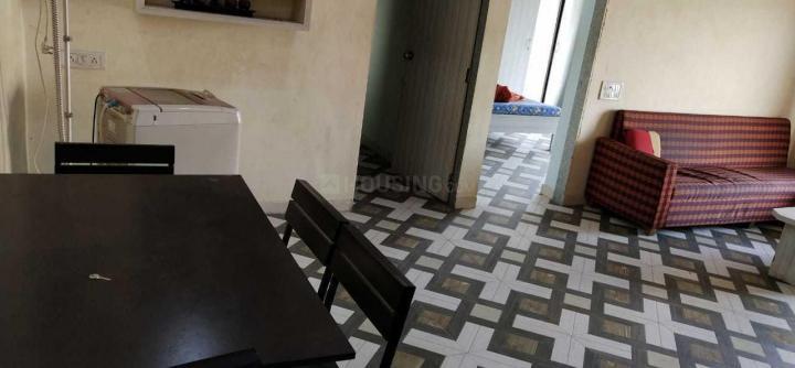गोरेगांव ईस्ट में अंसारी प्रॉपर्टी पीजी के लिविंग रूम की तस्वीर