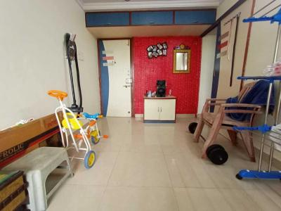 Gallery Cover Image of 650 Sq.ft 1 BHK Apartment for rent in Ahuja Sea Shell, Kandivali West for 20000