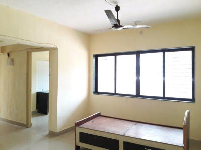 Gallery Cover Image of 900 Sq.ft 2 BHK Apartment for rent in Malad East for 30000
