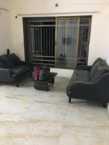 Gallery Cover Image of 1000 Sq.ft 2 BHK Apartment for rent in Andheri East for 52000