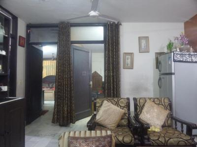 Gallery Cover Image of 1125 Sq.ft 2 BHK Independent Floor for buy in Chittaranjan Park for 13000000