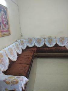 Gallery Cover Image of 1100 Sq.ft 3 BHK Apartment for rent in Ambawadi for 17000