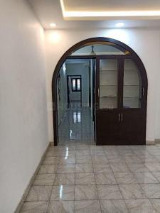 Gallery Cover Image of 1100 Sq.ft 2 BHK Apartment for buy in Saligramam for 8500000