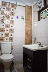 Bathroom Image of PG 4040285 Patel Nagar in Patel Nagar