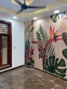Gallery Cover Image of 550 Sq.ft 2 BHK Apartment for buy in Dwarka Mor for 2600000