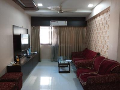 Gallery Cover Image of 900 Sq.ft 1 BHK Apartment for buy in Ghatkopar West for 13500000