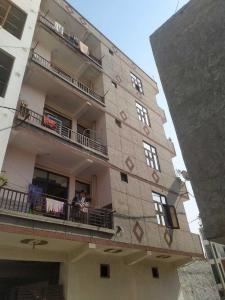 Gallery Cover Image of 550 Sq.ft 2 BHK Apartment for buy in Lal Kuan for 1400000