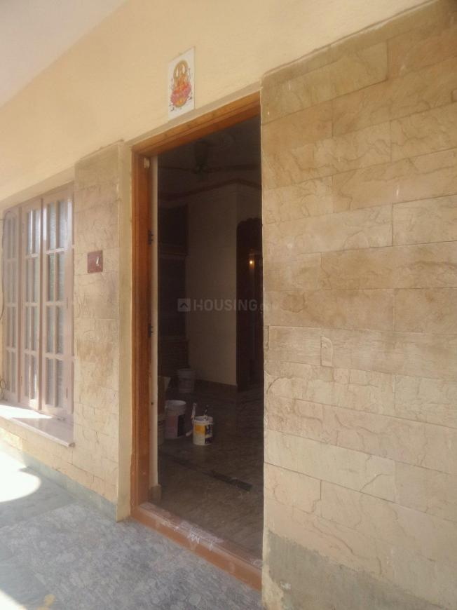 Main Entrance Image of 1000 Sq.ft 2 BHK Independent Floor for rent in J. P. Nagar for 17000