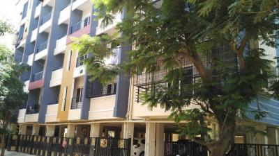 Gallery Cover Image of 1100 Sq.ft 2 BHK Apartment for rent in Aishwarya Arcade, Munnekollal for 27000