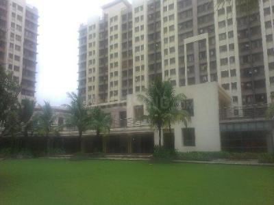 Gallery Cover Image of 1050 Sq.ft 2 BHK Apartment for buy in Kalpataru Riverside, Panvel for 11200000
