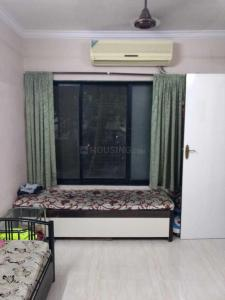 Gallery Cover Image of 950 Sq.ft 2 BHK Apartment for rent in Kandivali East for 32000