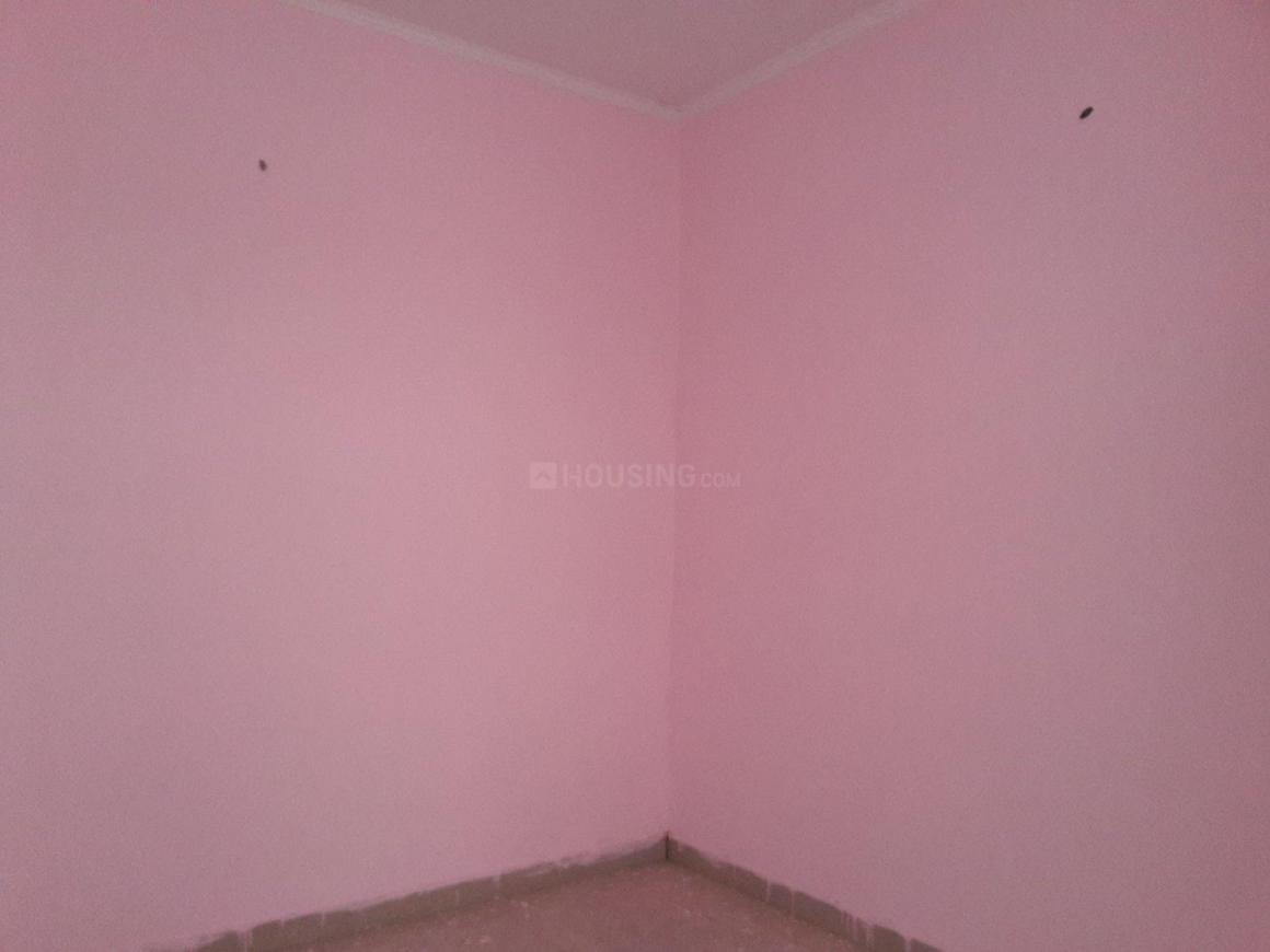 Bedroom Image of 250 Sq.ft 1 RK Apartment for rent in Sector 66 for 6000