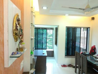 Gallery Cover Image of 1200 Sq.ft 3 BHK Apartment for rent in Suyog, Borivali West for 45000