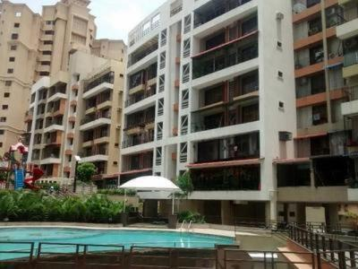Gallery Cover Image of 1420 Sq.ft 3 BHK Apartment for rent in Kharghar for 35000