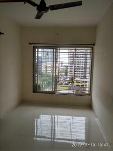 Gallery Cover Image of 300 Sq.ft 1 BHK Apartment for buy in Malad West for 5500000