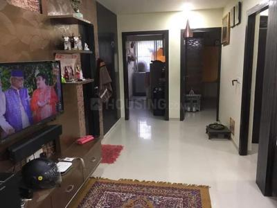 Gallery Cover Image of 1350 Sq.ft 2 BHK Apartment for buy in Vejalpur for 5899999