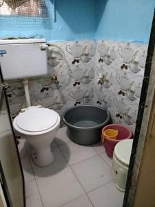 Bathroom Image of Ashok Apartment PG in Vile Parle West