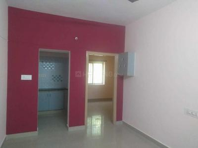 Gallery Cover Image of 800 Sq.ft 2 BHK Independent Floor for rent in Mahadevapura for 18000