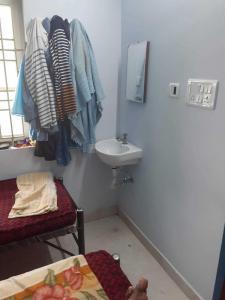 Bedroom Image of PG Frndsubba Reddy in Thoraipakkam