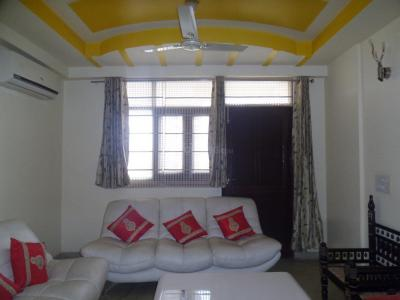 Gallery Cover Image of 3300 Sq.ft 4 BHK Apartment for buy in Sector 52 for 16000000