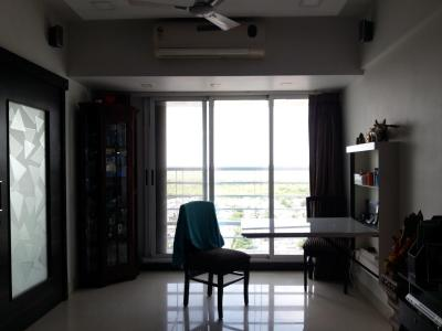 Gallery Cover Image of 675 Sq.ft 1 BHK Apartment for buy in Borivali West for 10500000