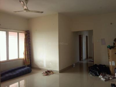 Gallery Cover Image of 1400 Sq.ft 3 BHK Apartment for rent in Tathawade for 20000
