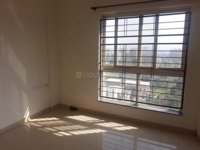 Gallery Cover Image of 820 Sq.ft 2 BHK Apartment for rent in 5 Star Royal Entrada, Wakad for 17000