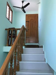 Gallery Cover Image of 1650 Sq.ft 3 BHK Independent House for buy in Velachery for 12500000