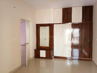 Gallery Cover Image of 1200 Sq.ft 2 BHK Apartment for rent in Kadubeesanahalli for 28750