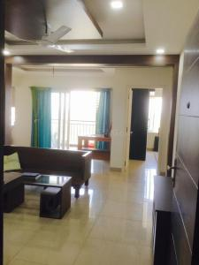 Gallery Cover Image of 1300 Sq.ft 3 BHK Apartment for rent in Radiance Shine, Kalipathur for 25000